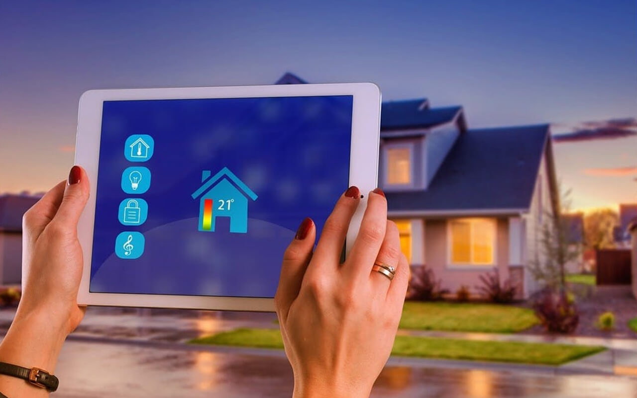 Smart home controlling